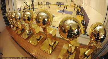 lakers trophies